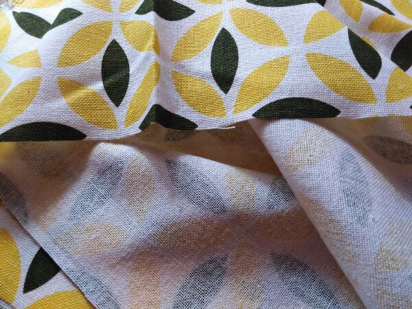 Soft printed cotton ผ้าฝ้ายฟอกนุ่มพิมพ์ลาย BB026