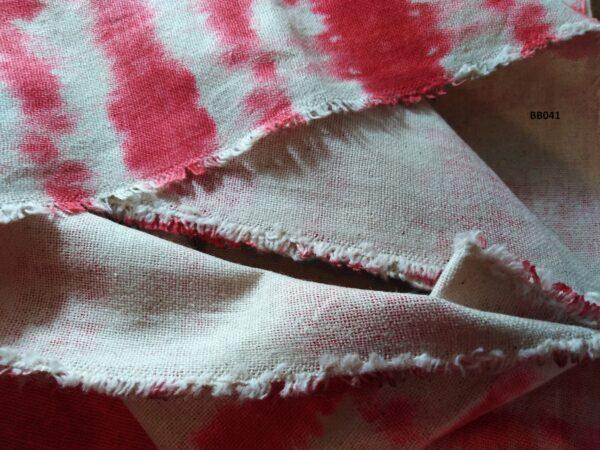 Soft printed cotton ผ้าฝ้ายฟอกนุ่มพิมพ์ลาย BB041