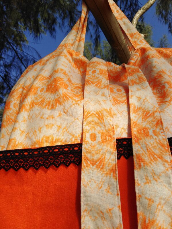 Large tote bag - casual style for the beach or the park - orange